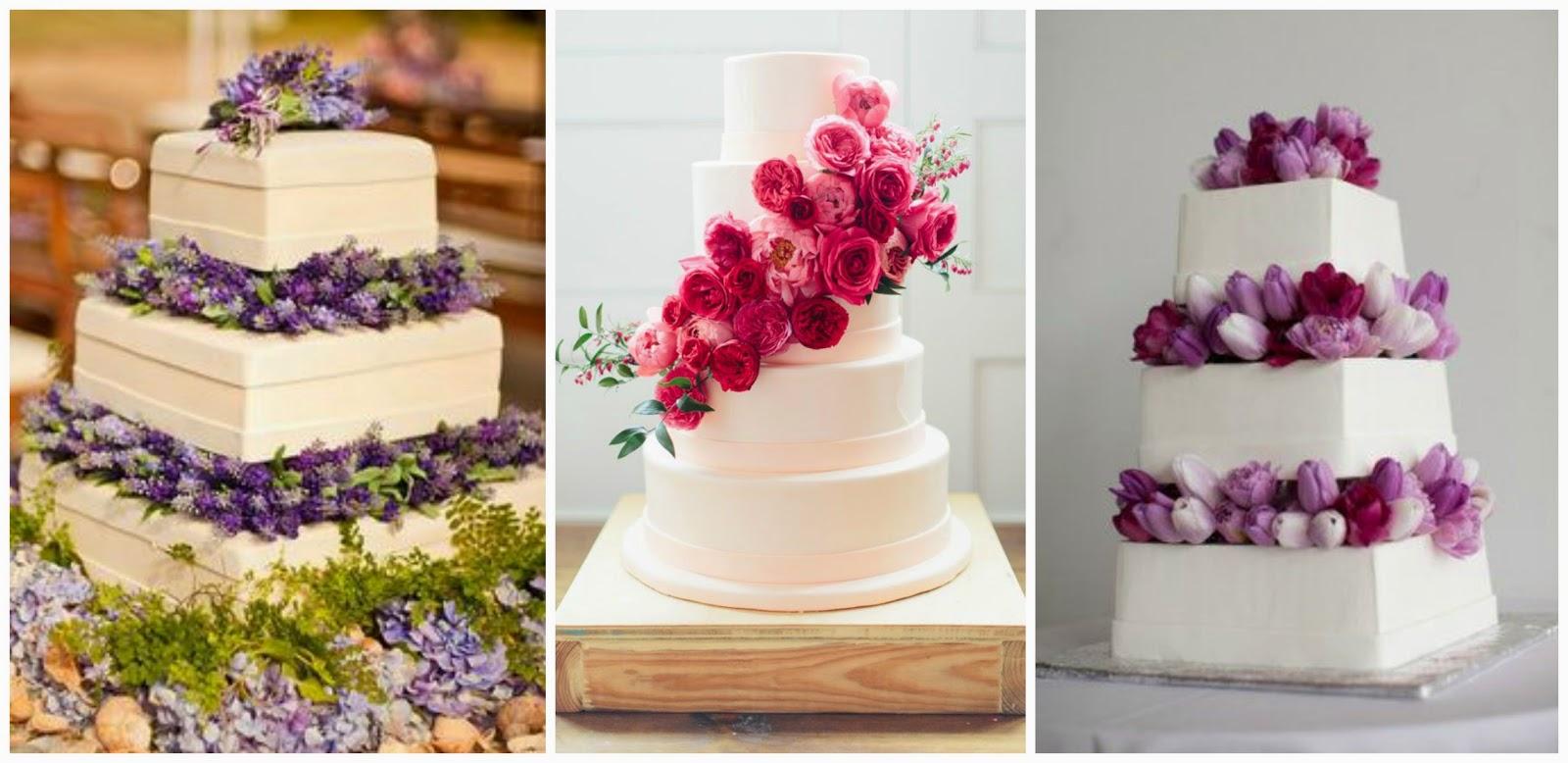Torte di nozze con fiori freschi