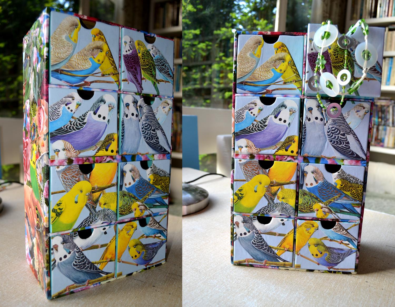 http://4.bp.blogspot.com/-d65R7XJ9CTE/TdIUtggyqnI/AAAAAAAAArI/Ylw2GPNNVb4/s1600/necklace+box.jpg