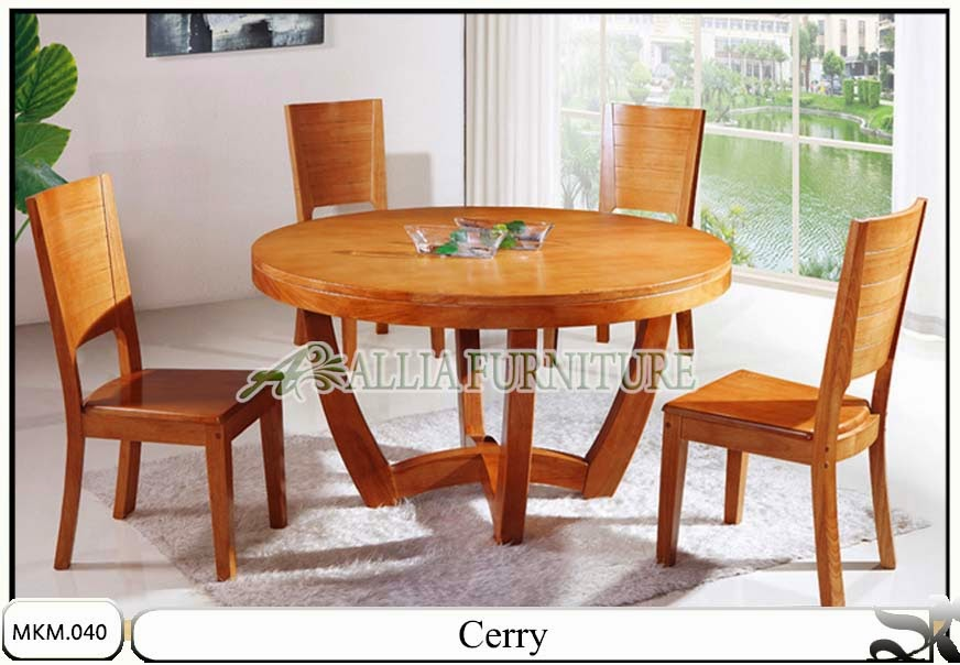 Kursi dan meja makan minimalis Cerry