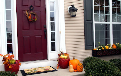 Loveyourroom 5 minute diy projects to create a fall front for Idea door yw