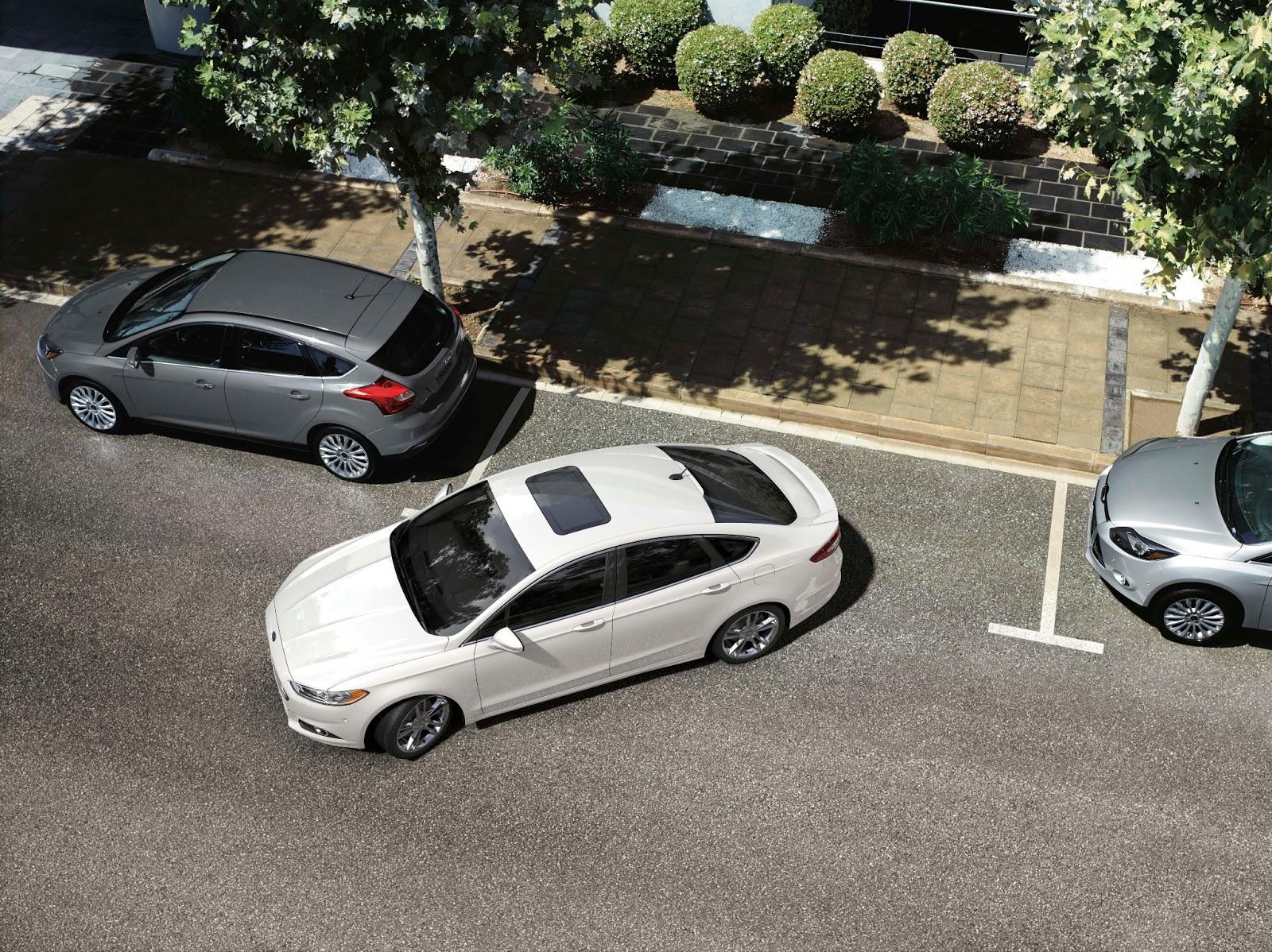 Lexus Car Parallel Parks Itself
