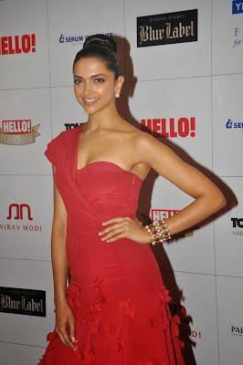 Shahrukh, Priyanka, Deepika & Rekha at Hello! Hall Of Fame