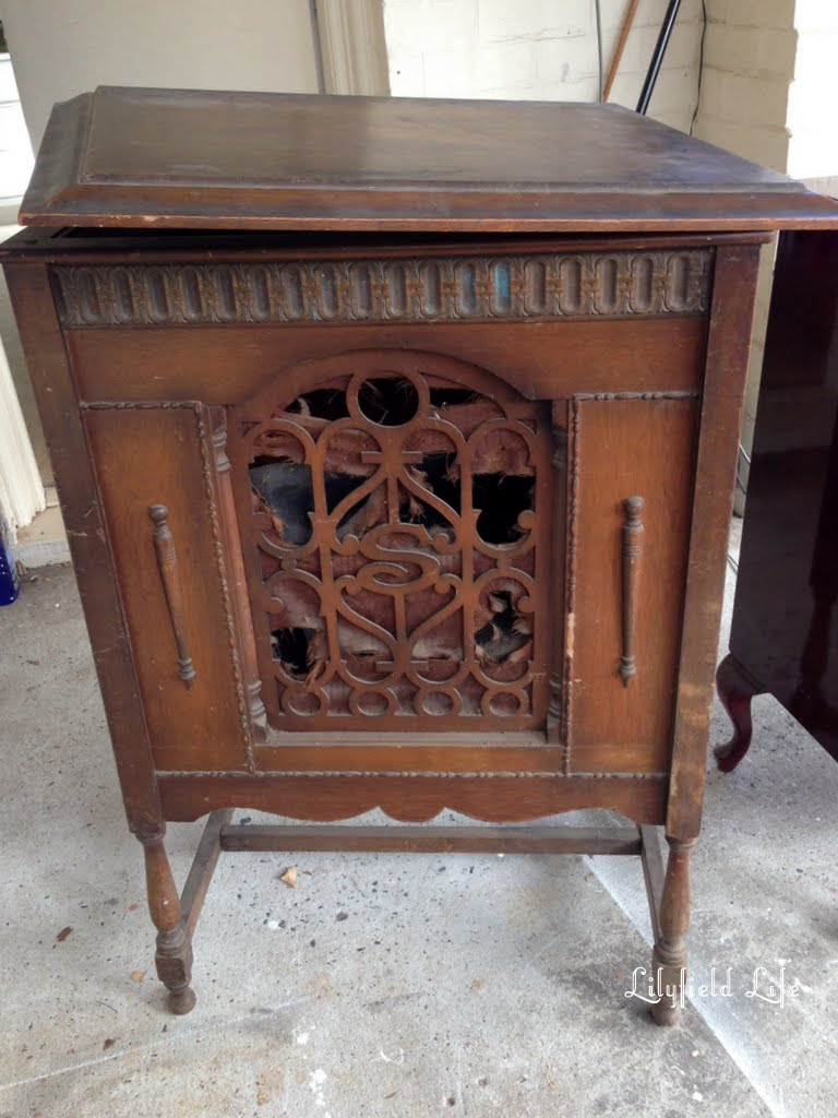 Vintage gramophone cabinet: Lilyfield Life - Lilyfield Life: The One That Got Away (kinda...)