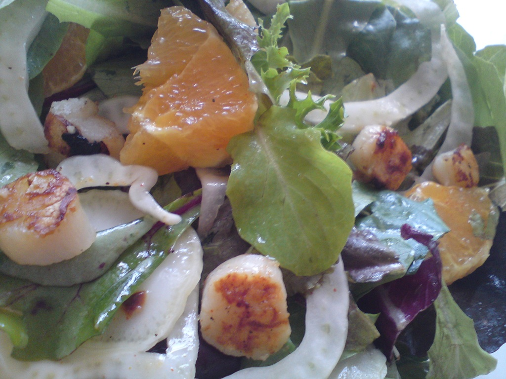 ... Greek To Me: Green salad with Fennel, Orange and grilled Scallops