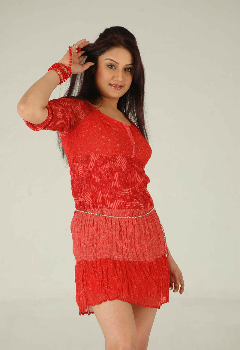 Sonia Agarwal new photo session