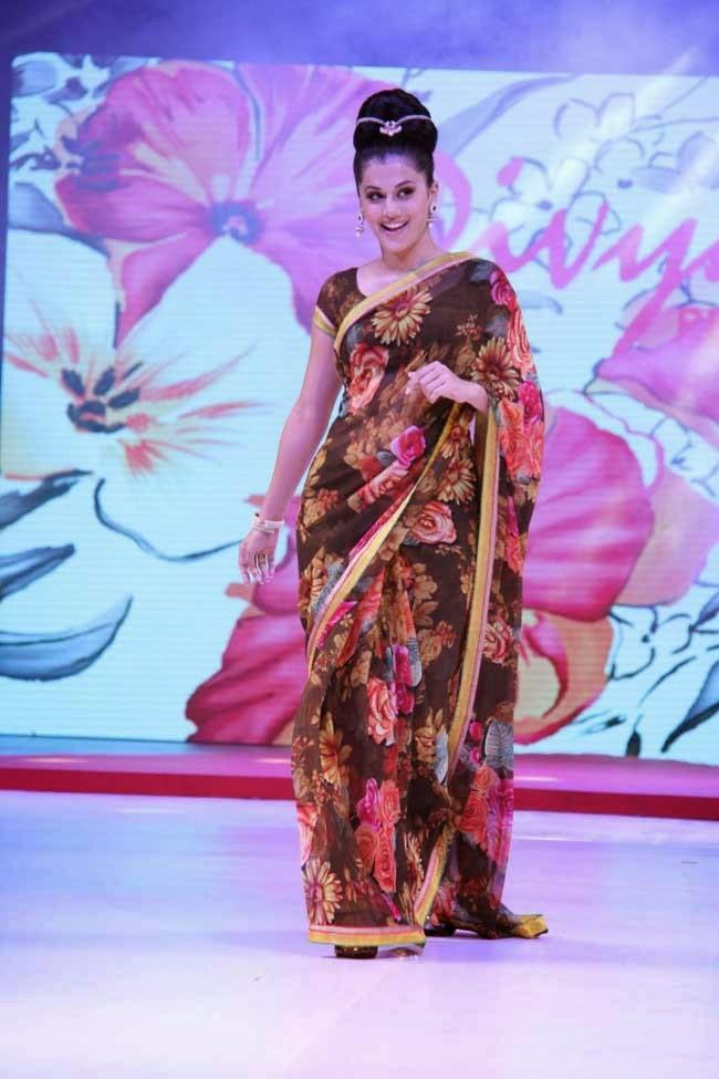 Taapsee Pannu At Surat Dreams Fashion Thrills