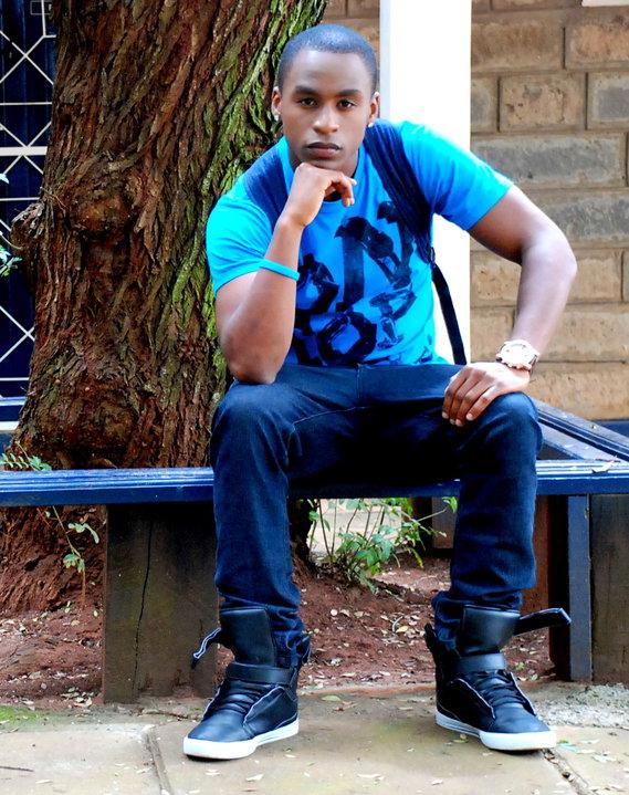 Who is ian mugoya dating