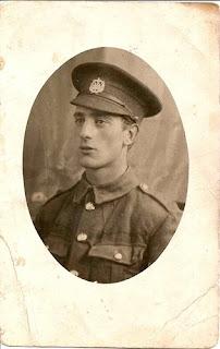 Stanley James Holloway 1894-1917