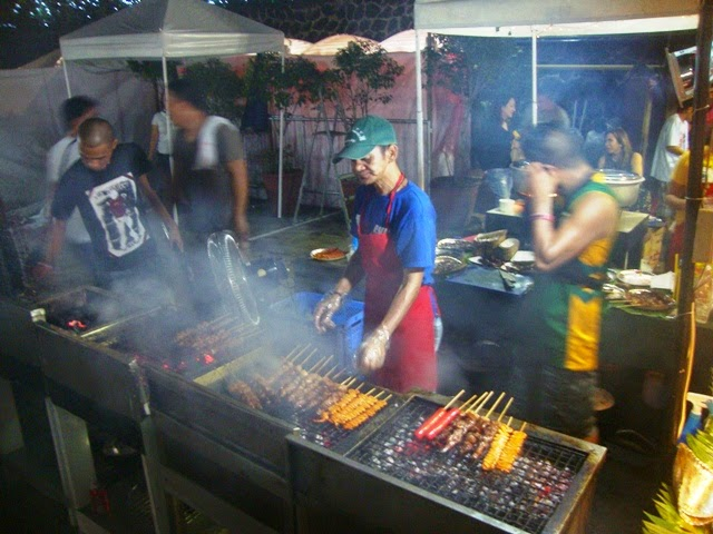 Greenhills Christmas On Display Show, FOOD STALLS, STREET FOOD