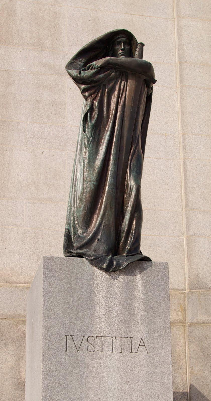 Ottawa Personal Injury Lawyers Statues Of Justitia And