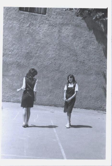 Olivia Marcov:sotronul cu Carmen Cirstea dna doctor neurolog,Kansas City azi, cl. X-a, 1984