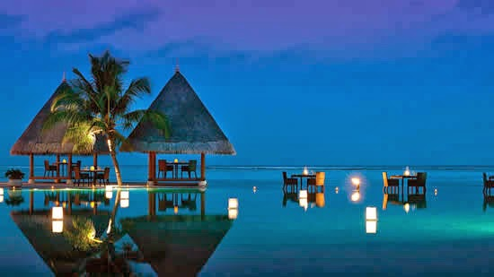Maldives-at-Kuda-Huraa-Infinity-Pool