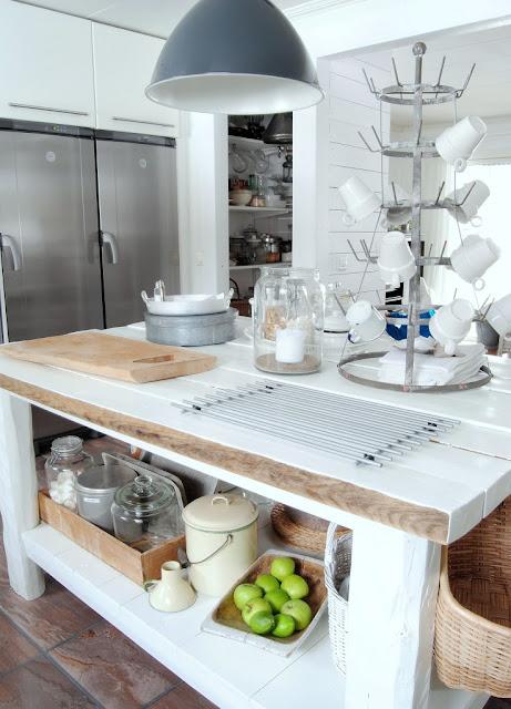 Lantlig Kokso : rustik kokso  Foto HTH, Kvonum, Marbodal, IKEA, olvsbykok,