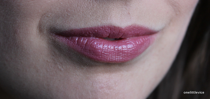 one little vice beauty blog: Mac Lipstick Collection Syrup