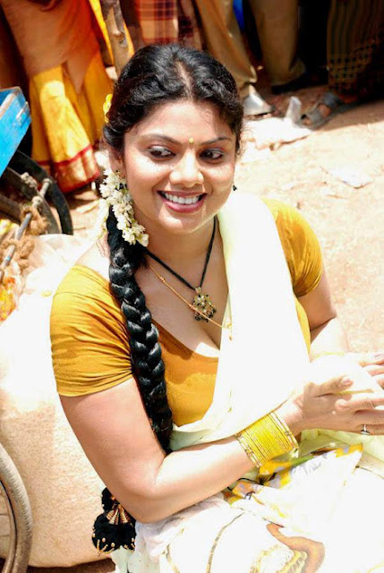 Swathi Varma wallpapers