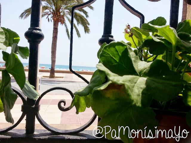 El Campello playa desde la ventana