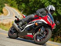 Harga Dan Spesifikasi Yamaha R6 Sporty