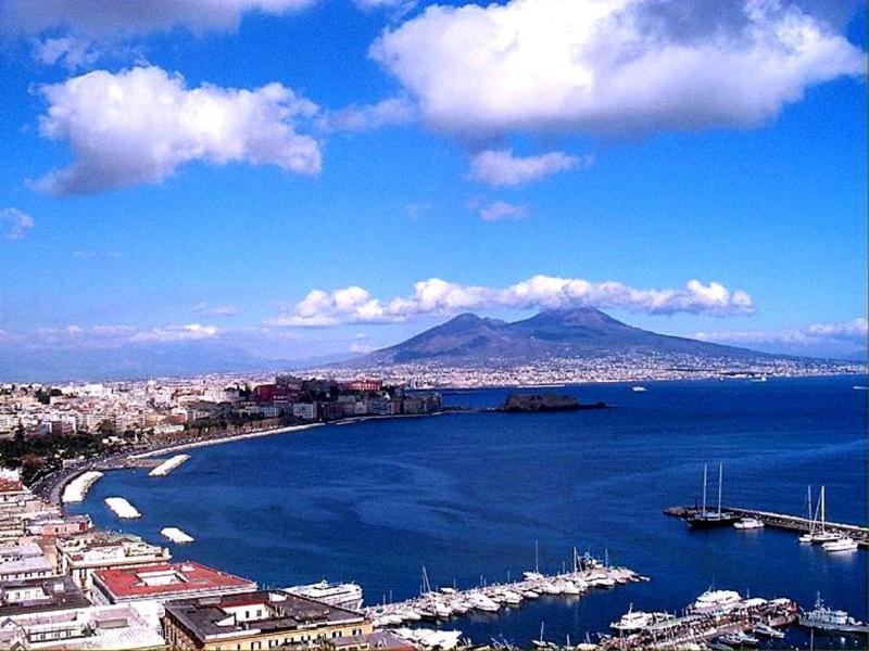 Let 39 s travel amazing places the pizza city naples italy - Naples italy wallpaper ...