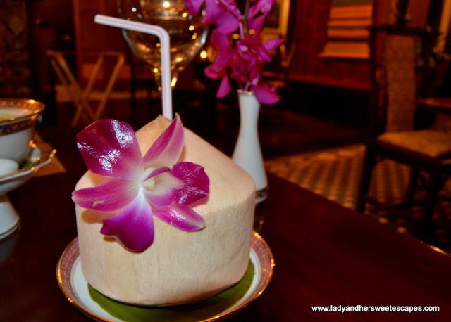 coconut juice at Benjarong