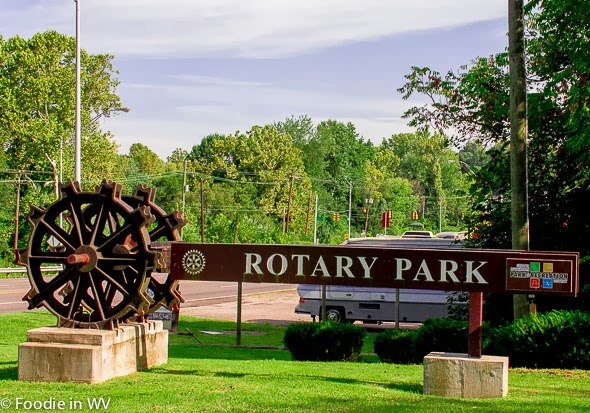 Image of Rotary Park Sign Huntington, WV