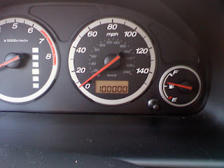 100000 miles on a car odometer