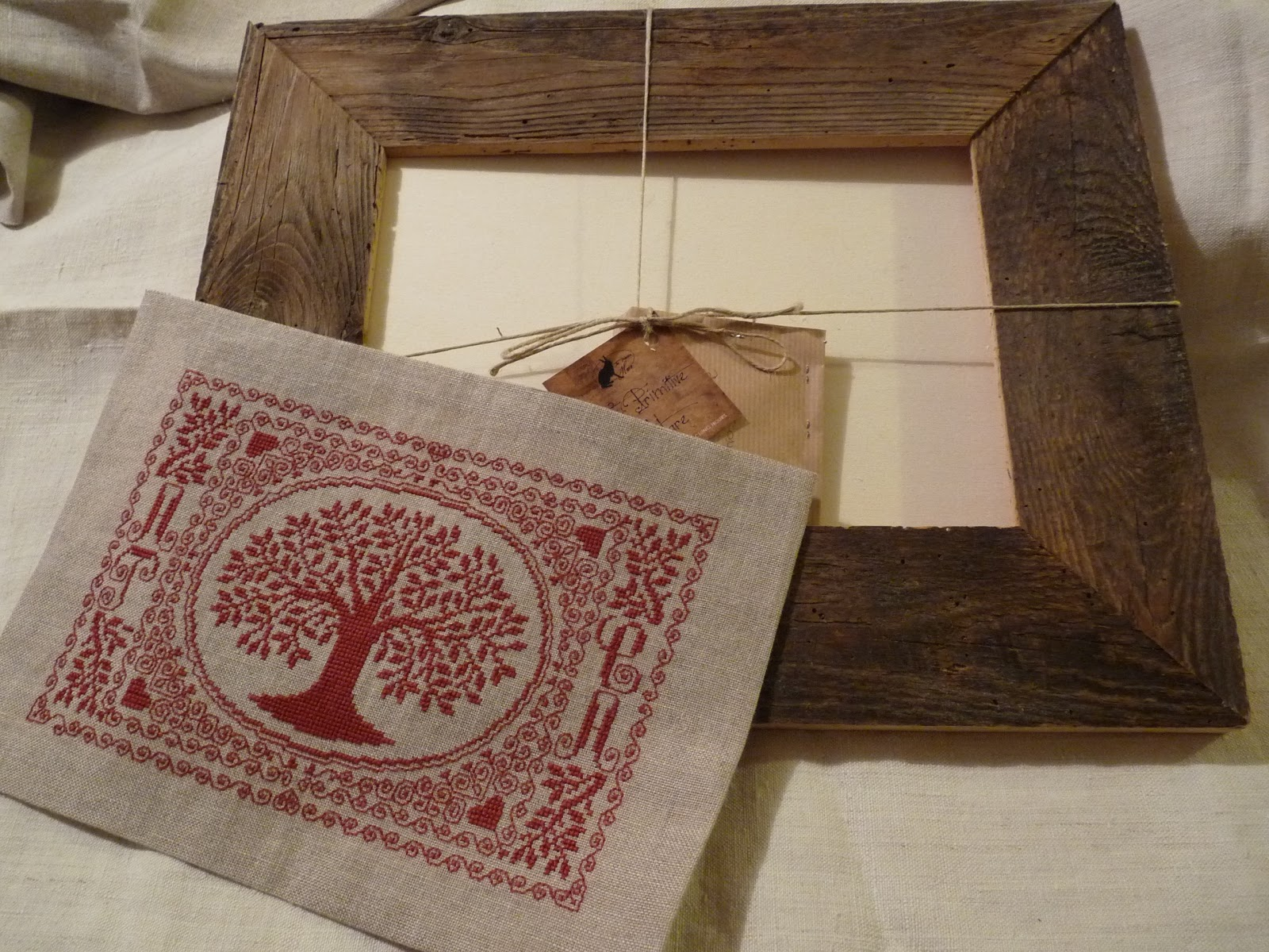 Ricamo a doppio filo cornice in legno grezzo
