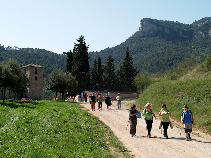 Deixant enrere Sant Pere de Valldeneu