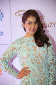 Rashi Khanna at Dinner with Stars-thumbnail-6