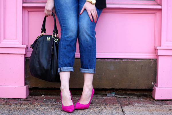 boyfriend jeans and pumps