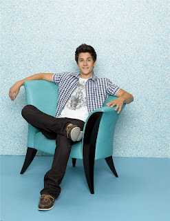 Hollywood actor David Henrie HDwallapers