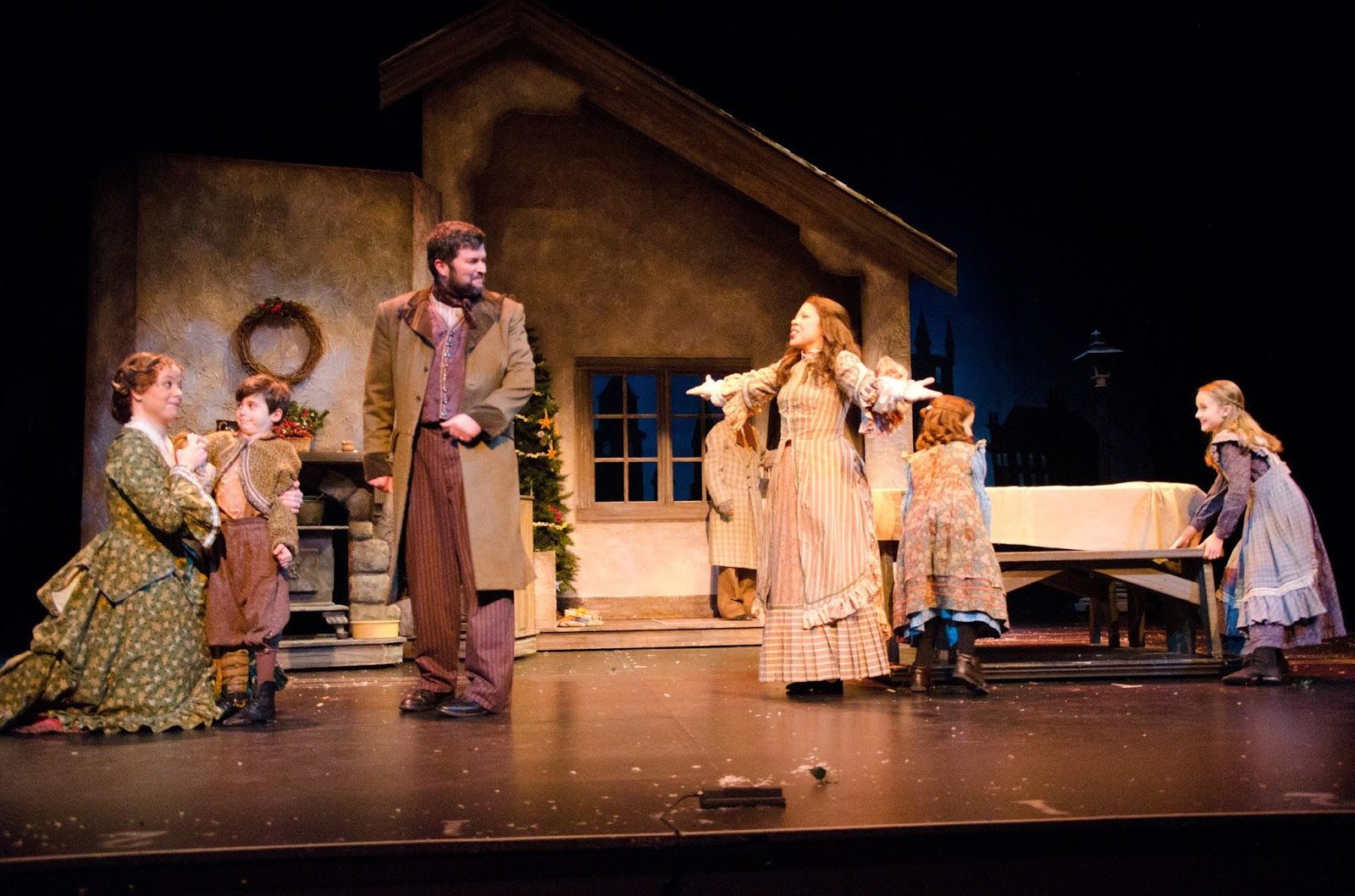 This season, in addition to A Christmas Carol he will also direct The Humans and the revival of Erma Bombeck: At Wit's End. Last season, he directed A Christmas Carol and Erma Bombeck at Wit's End and appeared in the world premiere of Heartland. Mr. Cuddy is well known for his staging of premieres, contemporary comedies and musical theatre.