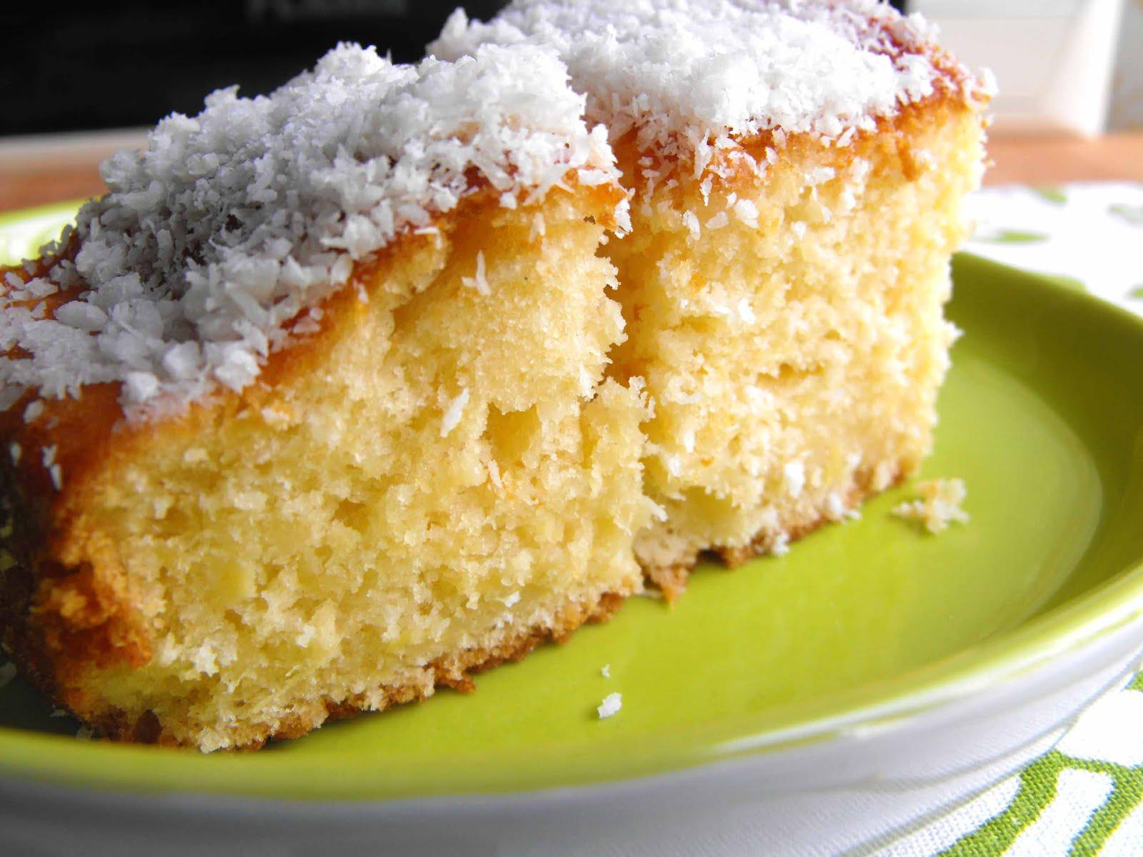 As receitas lá de casa: Bolo de ananás e coco