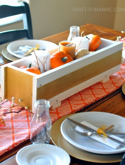 http://www.craft-o-maniac.com/2013/11/thanksgiving-tablescape-festive.html