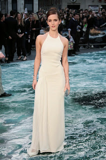 Emma Watson Pictures in White Dress at Noah Premiere in London 0014