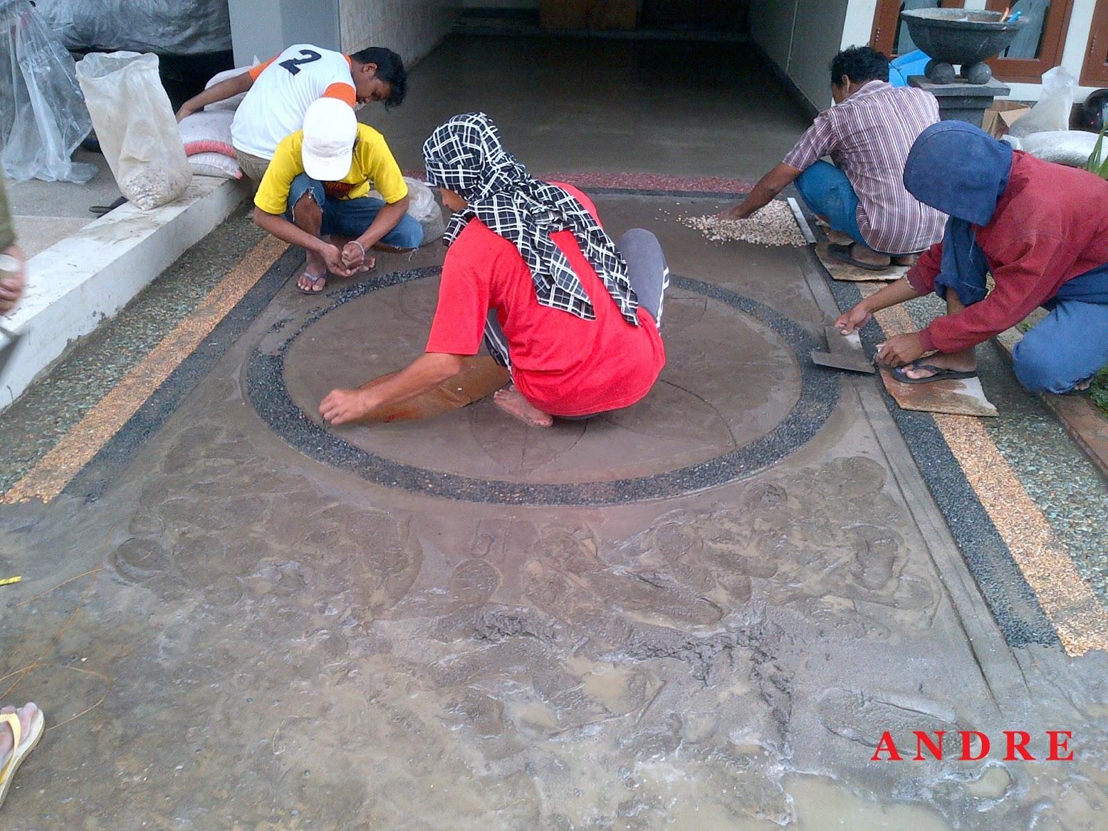 dijadikan lantai carport adalah material yang terbuat dari batu alam