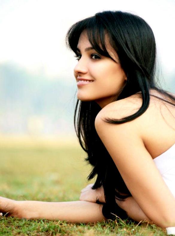 Anita hassanandani indian actress new photoshoot