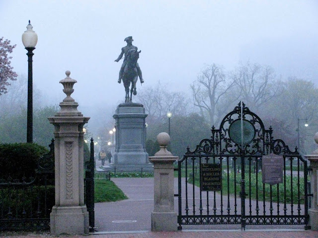 George-Washington-at-the-Boston-Public-Garden