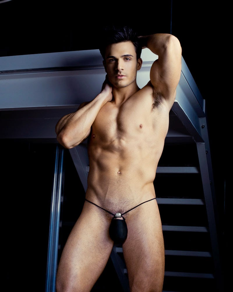 frontal Philip fusco nude