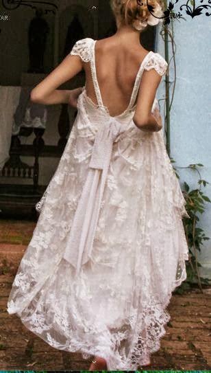 robe de mariage dos nu au forme U