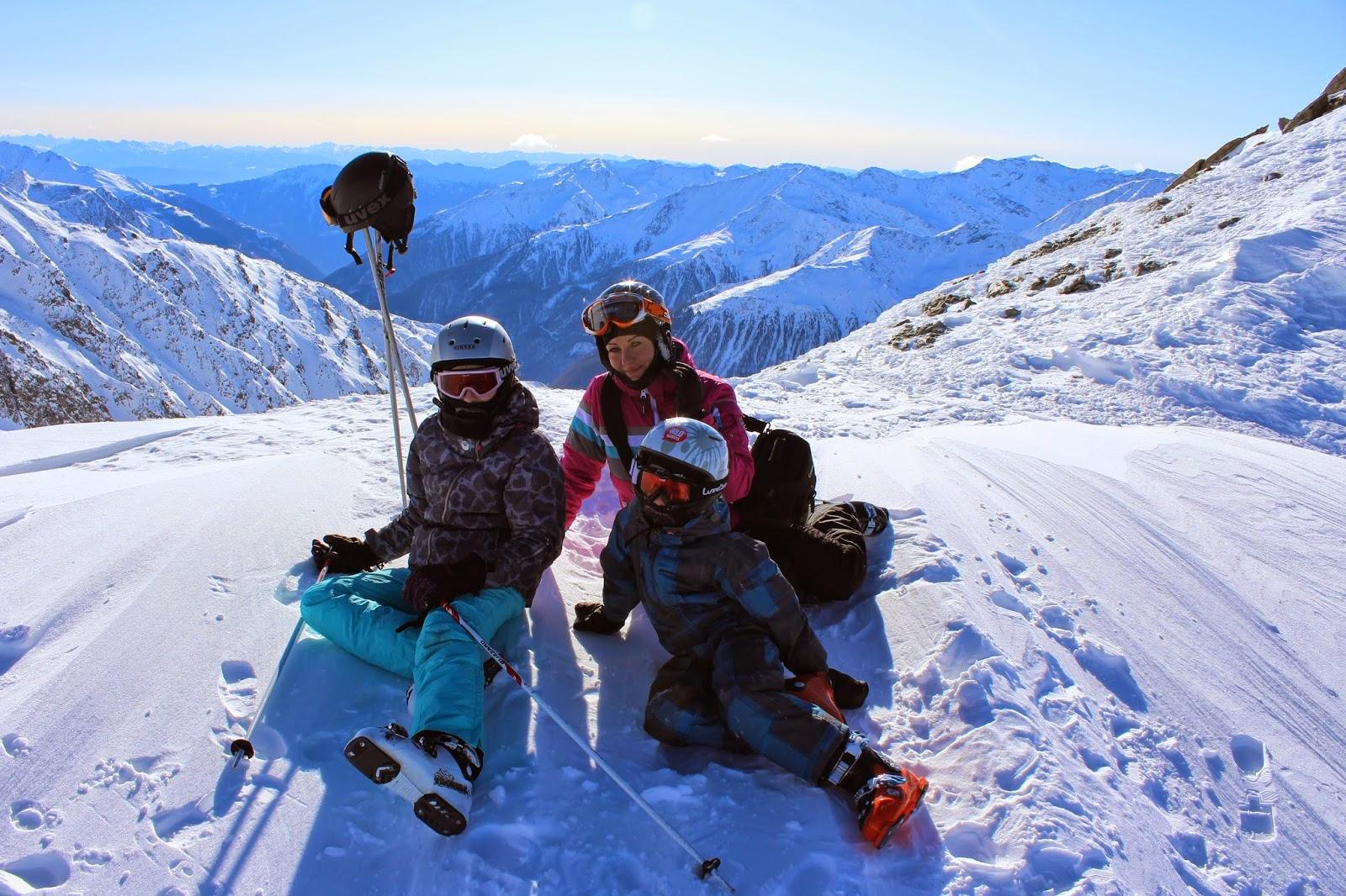 family style, ski style, inspirations ski fashion, szczyt widok góry, mountain