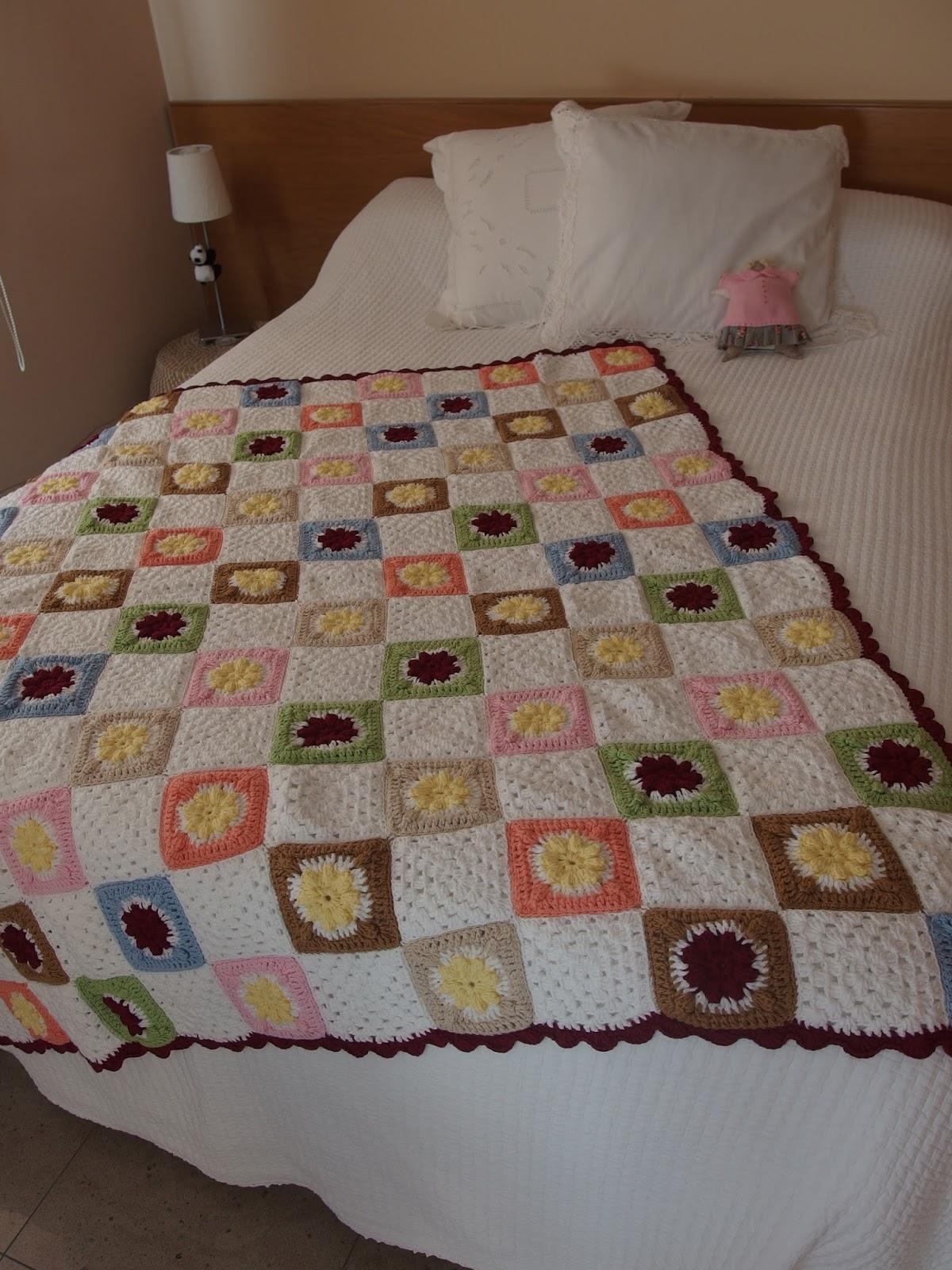 Entre telas cubre sof de crochet - Telas cubre sofas ...