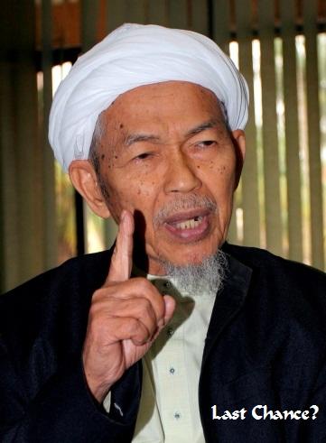 Rancangan Pakatan Mahu Nik Aziz Bersara
