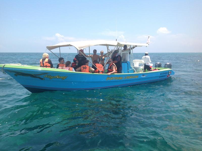 Isla mujeres boats tours fishing marlin sailfish for Isla mujeres fishing