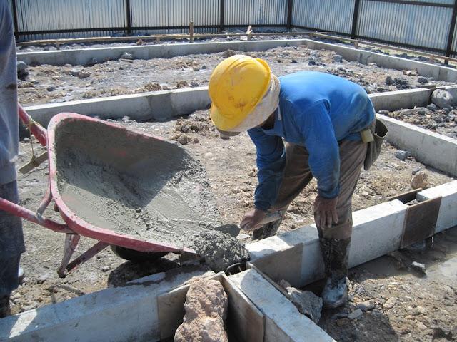 pengecoran titik sambungan sloof beton precast