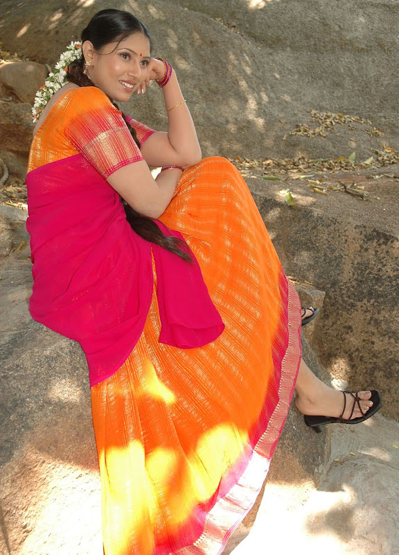 Tollywood Actress Sanghavi Half Saree Photos sexy stills