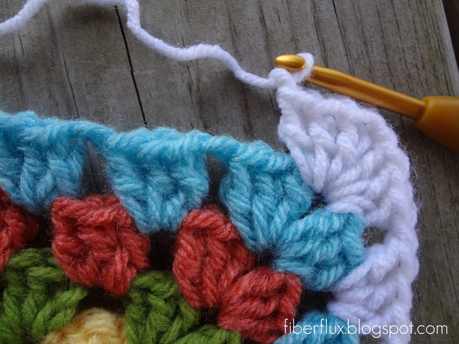 Crocheting Into Chain : ... white yarn, well work a double crochet into the first chain space