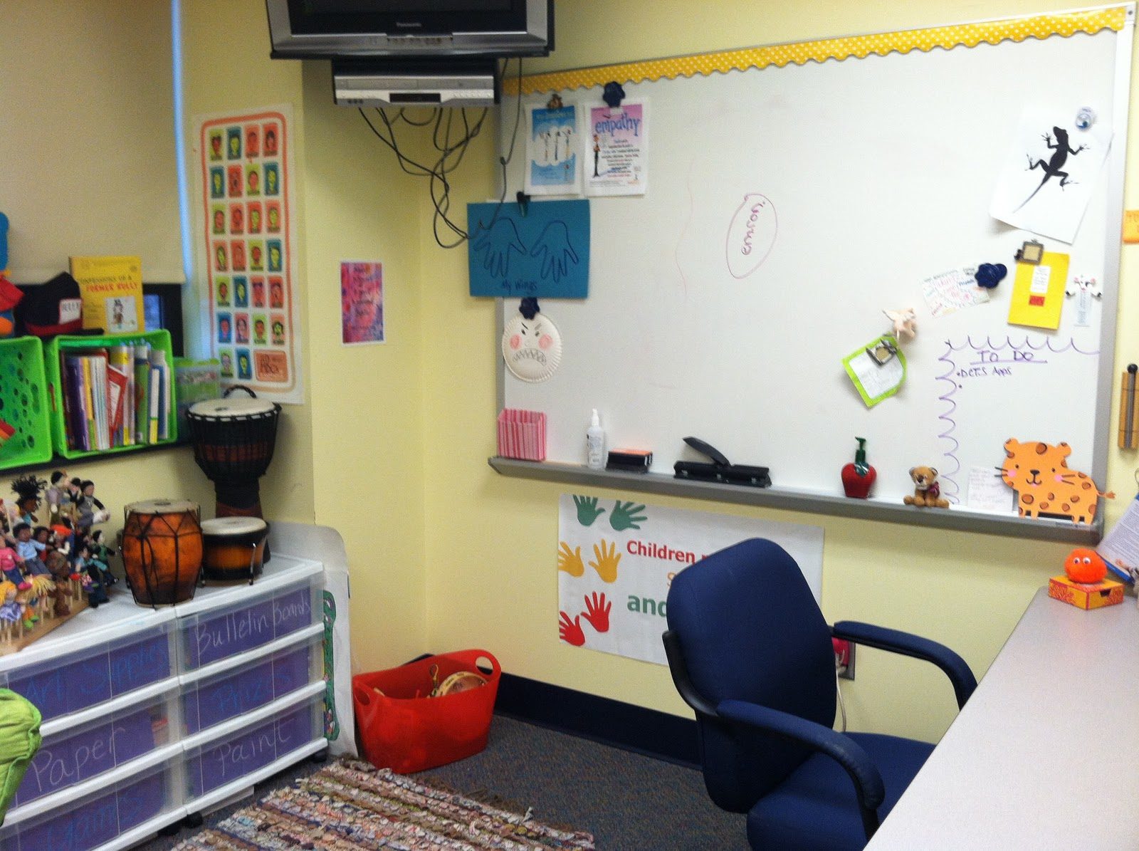 School Counselor Blog: My Current School Counseling Office \