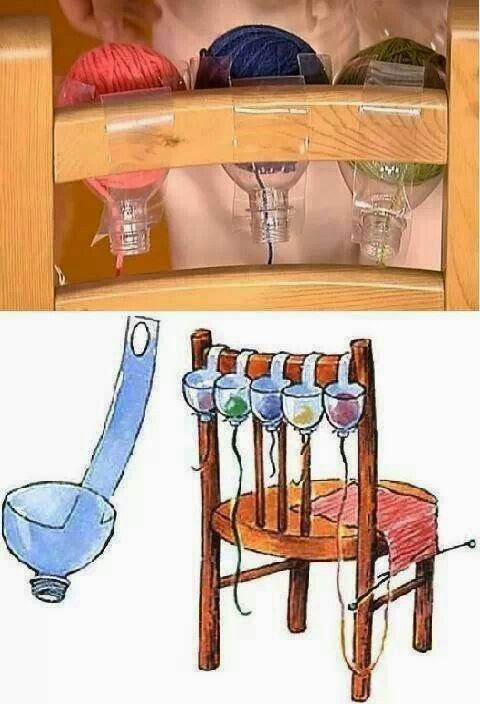 Separa hilos con botellas plásticas.