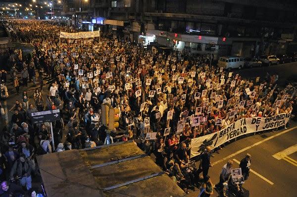 """Miles de uruguayos: """"¡Basta ya de impunidad! Verdad y Justicia"""""""