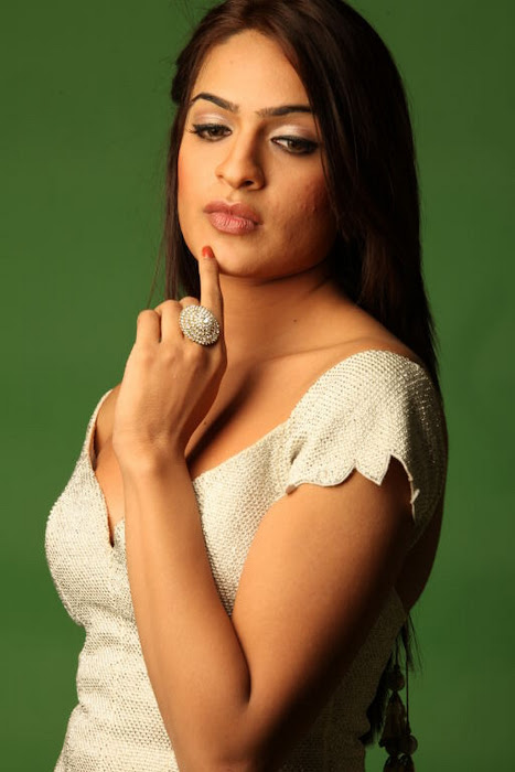 aditi agarwal shoot glamour  images